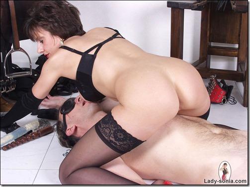 lady-sonia-fetish-mistress